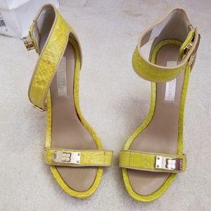 Chic BCBGMAXAZRIA Heels